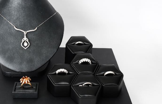 Jewellery in ZCOVA
